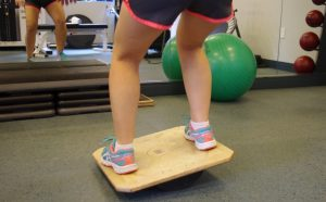 balance board for meniscal tear